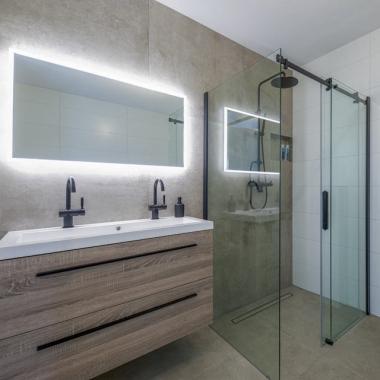 Maxaro make-over: een kijkje in de badkamer van Guus en Kim