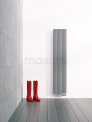 Aluminium Designradiator Metis Lichtgrijs Metallic 511 Watt 28x120cm Verticaal